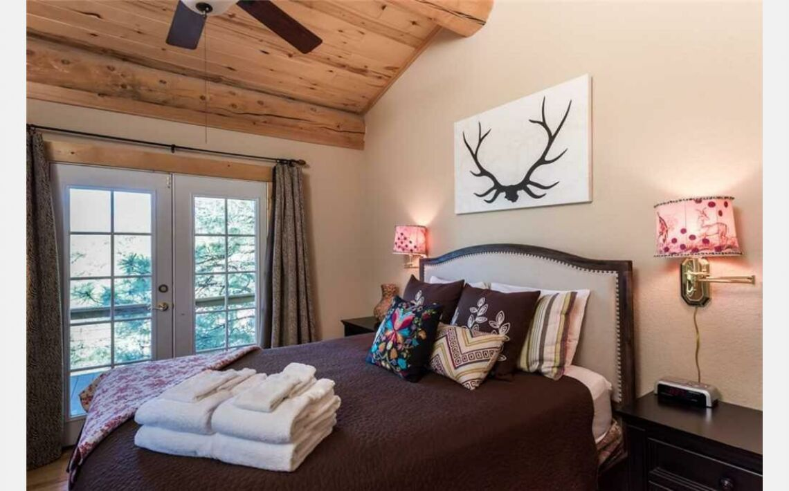 Photos of Mountain Valley View Three-bedroom Holiday Home. Ruidoso